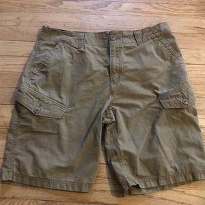 "Old Navy Cargo Shorts-33"" waist-Tan-Mint"